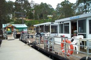 Clyde River Houseboats - Redcliffe Tourism