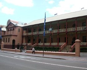 Parliament House - Redcliffe Tourism