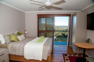 Sinclairs Country Retreat - Redcliffe Tourism